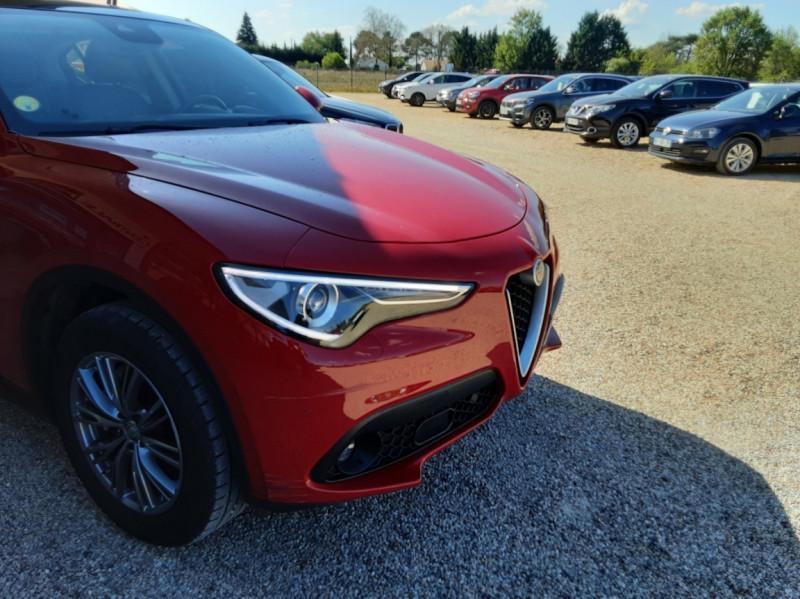 Photo 3 de l'offre de ALFA ROMEO STELVIO 2.2 210 ch Q4 AT8 Lusso à 28900€ chez Centrale Auto Marché Mussidan