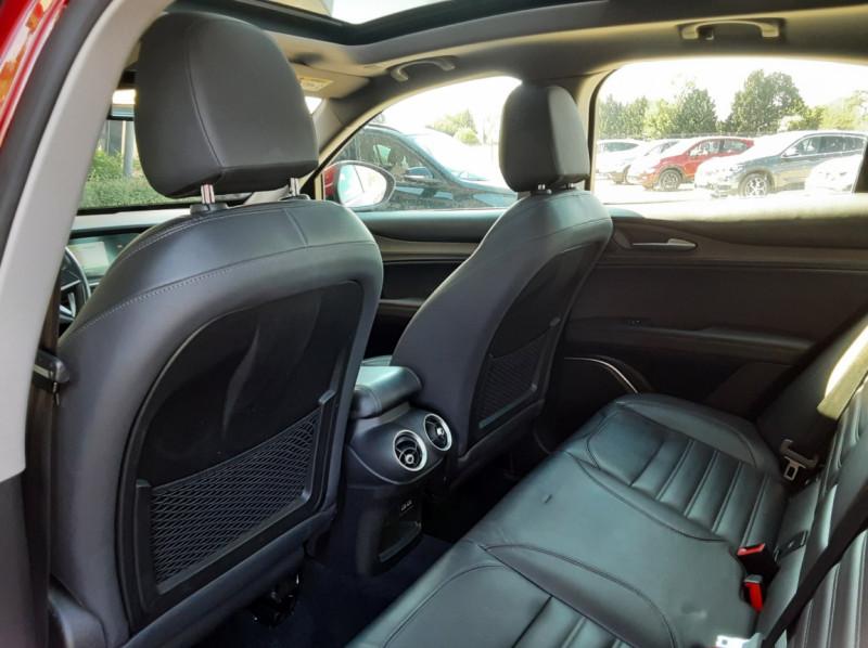 Photo 25 de l'offre de ALFA ROMEO STELVIO 2.2 210 ch Q4 AT8 Lusso à 28900€ chez Centrale Auto Marché Mussidan