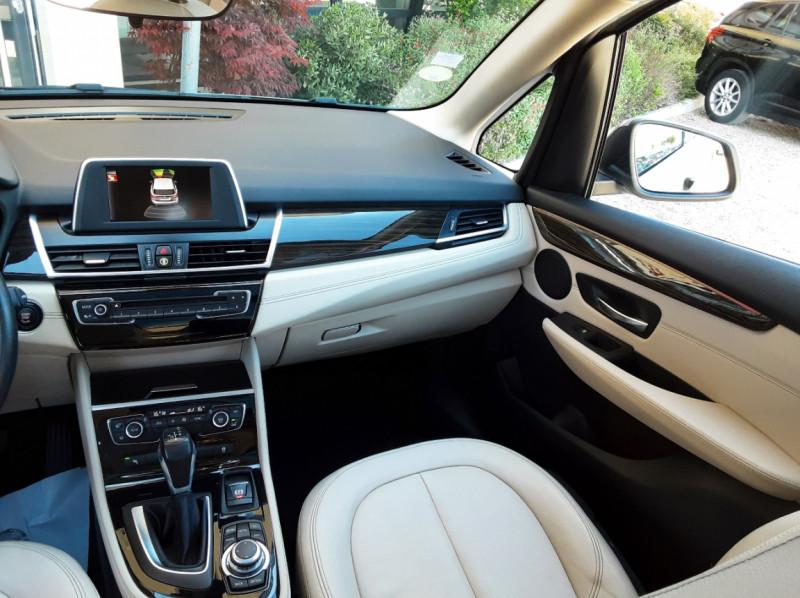 Photo 26 de l'offre de BMW SERIE 2 Active Tourer 218d 150 ch Luxury A à 17900€ chez Centrale Auto Marché Mussidan