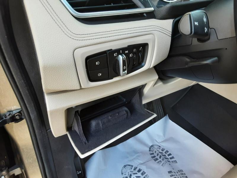 Photo 28 de l'offre de BMW SERIE 2 Active Tourer 218d 150 ch Luxury A à 17900€ chez Centrale Auto Marché Mussidan