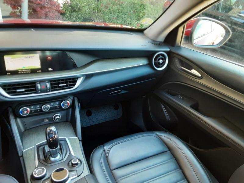 Photo 40 de l'offre de ALFA ROMEO STELVIO 2.2 210 ch Q4 AT8 Lusso à 28900€ chez Centrale Auto Marché Mussidan