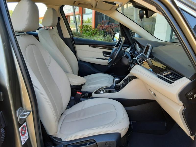Photo 31 de l'offre de BMW SERIE 2 Active Tourer 218d 150 ch Luxury A à 17900€ chez Centrale Auto Marché Mussidan
