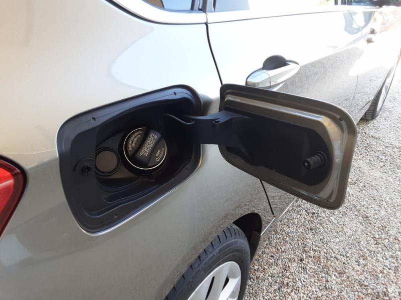 Photo 8 de l'offre de BMW SERIE 2 Active Tourer 218d 150 ch Luxury A à 17900€ chez Centrale Auto Marché Mussidan