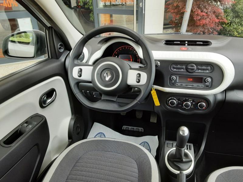 Photo 45 de l'offre de RENAULT TWINGO III 1.0 SCe 70 eco2 SetS Zen à 8500€ chez Centrale Auto Marché Mussidan