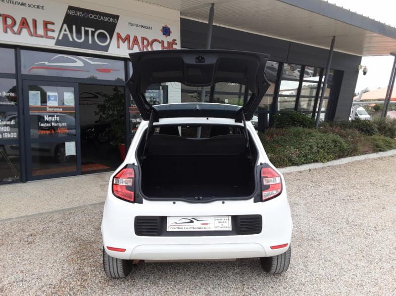 Photo 13 de l'offre de RENAULT TWINGO III 1.0 SCe 70 eco2 SetS Zen à 8500€ chez Centrale Auto Marché Mussidan