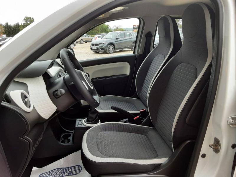 Photo 27 de l'offre de RENAULT TWINGO III 1.0 SCe 70 eco2 SetS Zen à 8500€ chez Centrale Auto Marché Mussidan