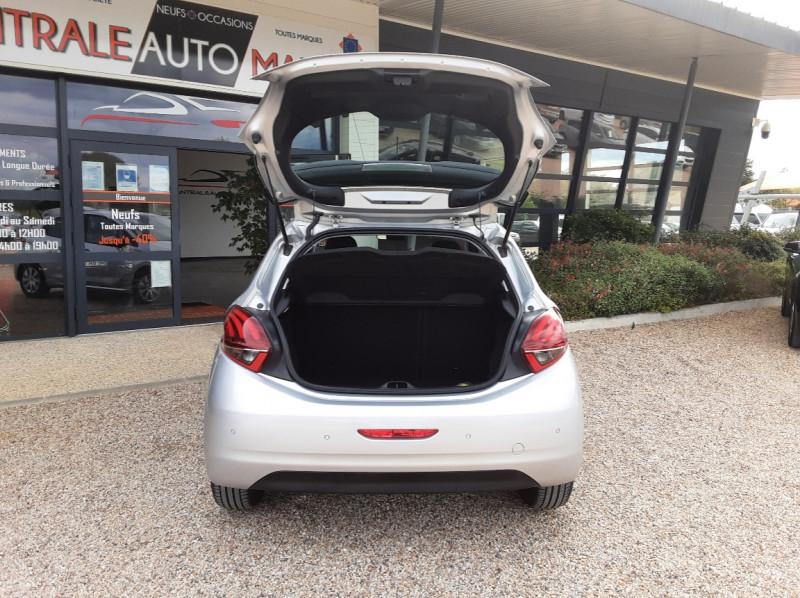 Photo 16 de l'offre de PEUGEOT 208 1.6 BlueHDi 75ch SetS BVM5 Active Business à 10490€ chez Centrale Auto Marché Mussidan