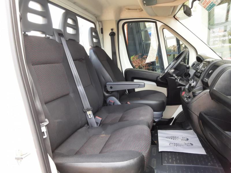 Photo 32 de l'offre de CITROEN JUMPER BENNE 35 L2 BLUEHDi 130 BVM6 CONFORT à 22990€ chez Centrale Auto Marché Mussidan