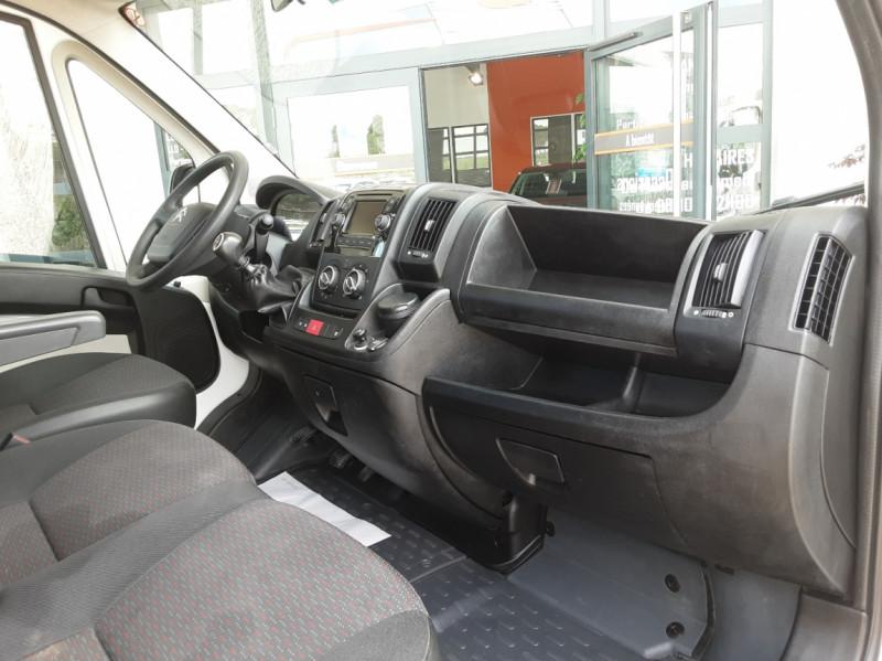 Photo 29 de l'offre de CITROEN JUMPER BENNE 35 L2 BLUEHDi 130 BVM6 CONFORT à 22990€ chez Centrale Auto Marché Mussidan
