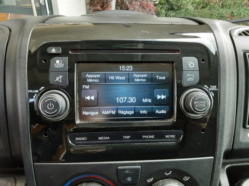 Photo 43 de l'offre de CITROEN JUMPER BENNE 35 L2 BLUEHDi 130 BVM6 CONFORT à 22990€ chez Centrale Auto Marché Mussidan