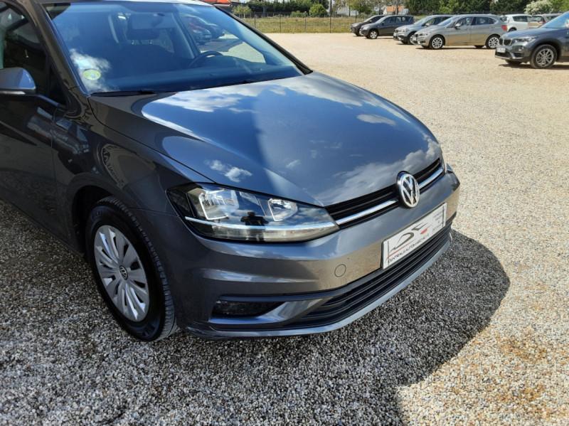 Photo 11 de l'offre de VOLKSWAGEN GOLF VII 1.6 TDI 115 BlueMotion Trendline à 13490€ chez Centrale Auto Marché Mussidan