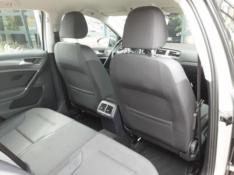 Photo 31 de l'offre de VOLKSWAGEN GOLF 1.6 TDI 115 FAP BVM5 Confortline Business à 16900€ chez Centrale Auto Marché Mussidan
