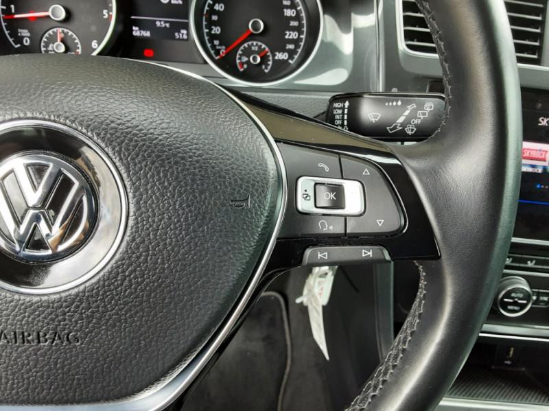 Photo 45 de l'offre de VOLKSWAGEN GOLF 1.6 TDI 115 FAP BVM5 Confortline Business à 16900€ chez Centrale Auto Marché Mussidan