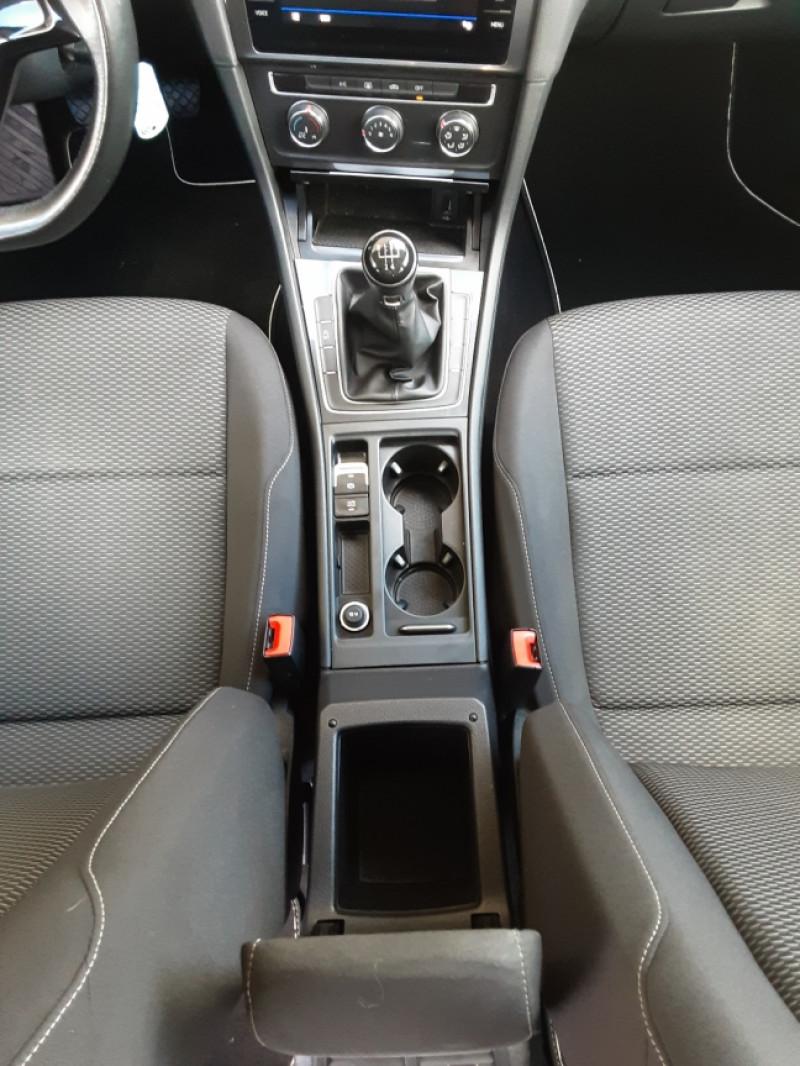 Photo 36 de l'offre de VOLKSWAGEN GOLF VII 1.6 TDI 115 BlueMotion Trendline à 13490€ chez Centrale Auto Marché Mussidan