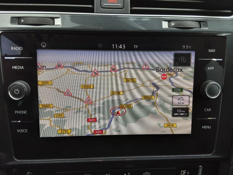 Photo 46 de l'offre de VOLKSWAGEN GOLF 1.6 TDI 115 FAP BVM5 Confortline Business à 16900€ chez Centrale Auto Marché Mussidan