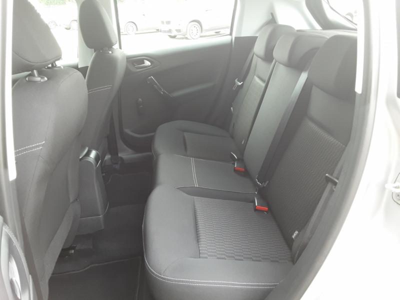 Photo 28 de l'offre de PEUGEOT 208 1.6 BlueHDi 75ch SetS BVM5 Active Business à 10490€ chez Centrale Auto Marché Mussidan