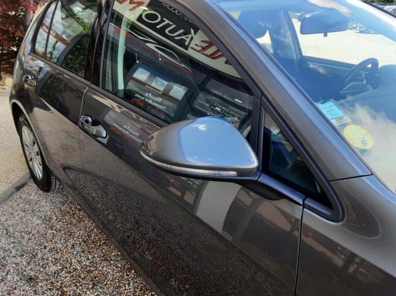 Photo 6 de l'offre de VOLKSWAGEN GOLF VII 1.6 TDI 115 BlueMotion Trendline à 13490€ chez Centrale Auto Marché Mussidan
