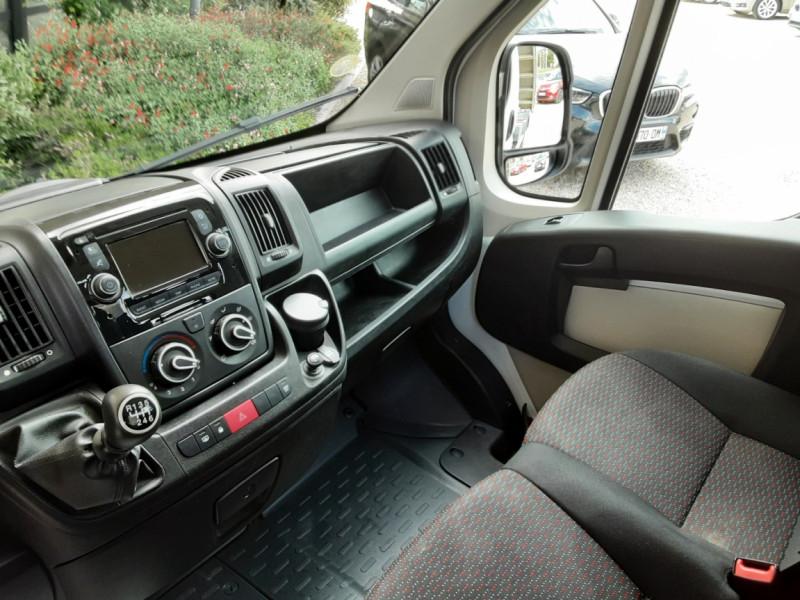Photo 30 de l'offre de CITROEN JUMPER BENNE 35 L2 BLUEHDi 130 BVM6 CONFORT à 22990€ chez Centrale Auto Marché Mussidan