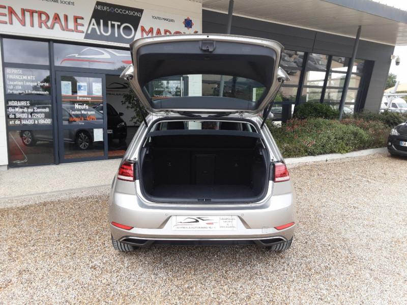Photo 16 de l'offre de VOLKSWAGEN GOLF 1.6 TDI 115 FAP BVM5 Confortline Business à 16900€ chez Centrale Auto Marché Mussidan
