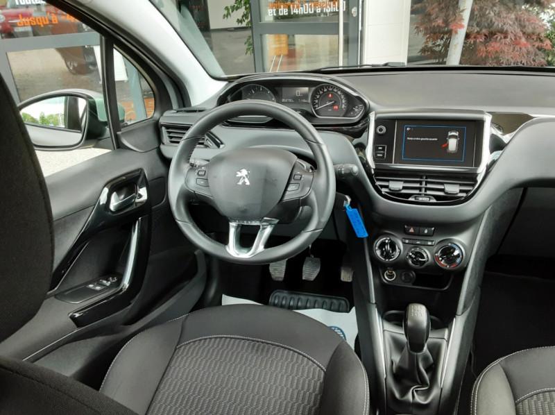 Photo 31 de l'offre de PEUGEOT 208 1.6 BlueHDi 75ch SetS BVM5 Active Business à 10490€ chez Centrale Auto Marché Mussidan