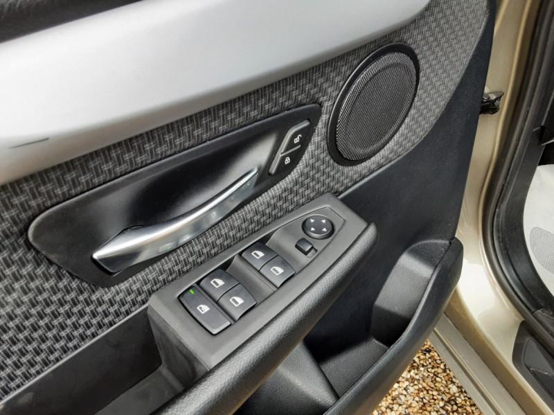 Photo 22 de l'offre de BMW SERIE 2 Active Tourer 216d 116 ch Lounge à 13990€ chez Centrale Auto Marché Mussidan