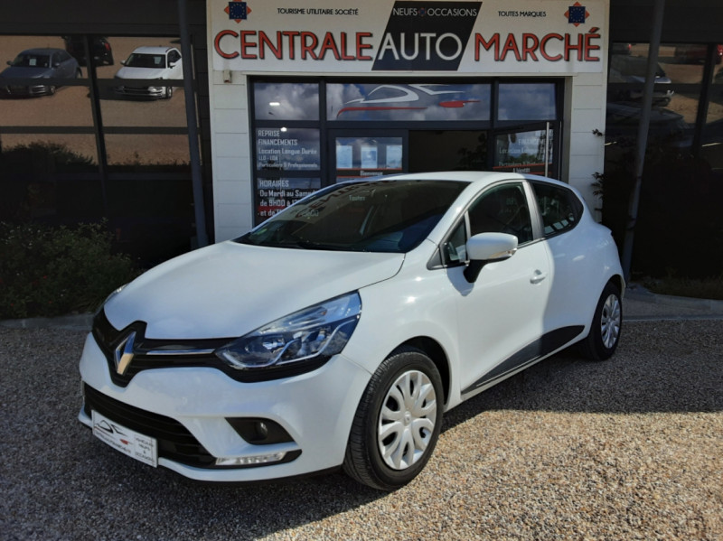 Photo 2 de l'offre de RENAULT CLIO IV SOCIETE DCI 90 ENERGY ECO2 AIR MEDIANAV à 8490€ chez Centrale Auto Marché Mussidan