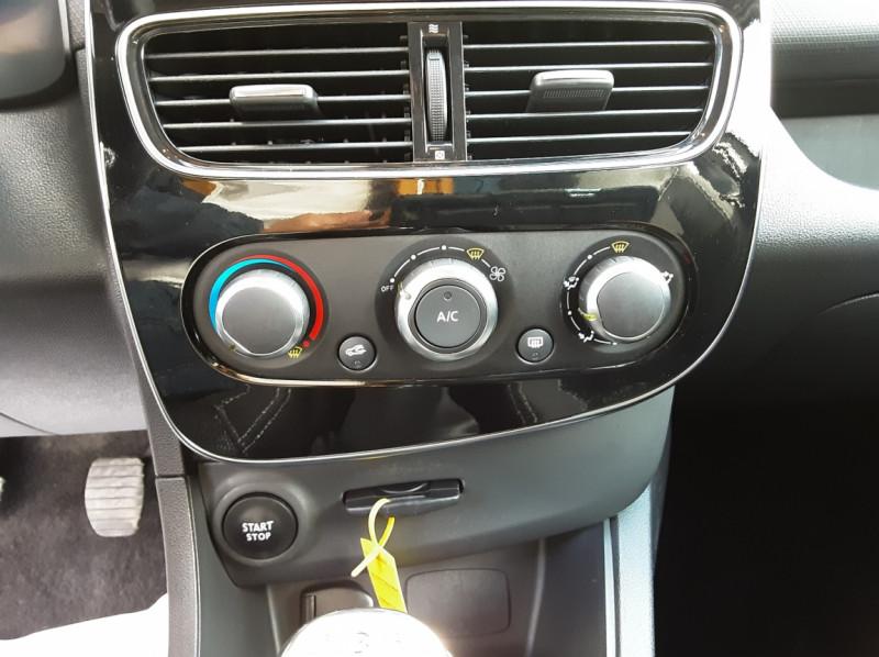 Photo 41 de l'offre de RENAULT CLIO IV SOCIETE DCI 90 ENERGY ECO2 AIR MEDIANAV à 8490€ chez Centrale Auto Marché Mussidan