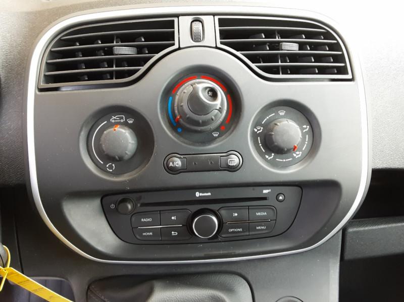 Photo 40 de l'offre de RENAULT KANGOO EXPRESS L1 1.5 DCI 75 ENERGY EXTRA R-LINK à 8990€ chez Centrale Auto Marché Mussidan