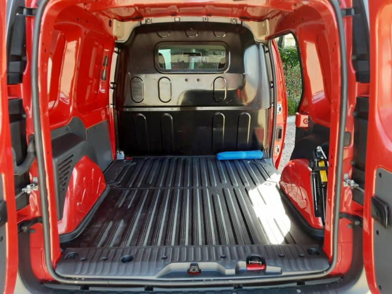 Photo 17 de l'offre de RENAULT KANGOO EXPRESS L1 1.5 DCI 75 ENERGY EXTRA R-LINK à 8990€ chez Centrale Auto Marché Mussidan