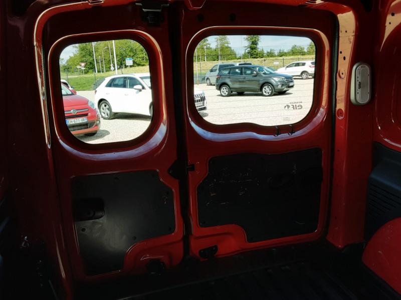Photo 18 de l'offre de RENAULT KANGOO EXPRESS L1 1.5 DCI 75 ENERGY EXTRA R-LINK à 8990€ chez Centrale Auto Marché Mussidan