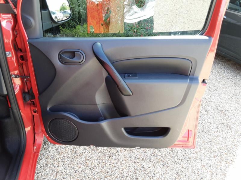 Photo 29 de l'offre de RENAULT KANGOO EXPRESS L1 1.5 DCI 75 ENERGY EXTRA R-LINK à 8990€ chez Centrale Auto Marché Mussidan