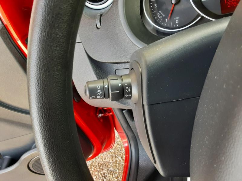 Photo 39 de l'offre de RENAULT KANGOO EXPRESS L1 1.5 DCI 75 ENERGY EXTRA R-LINK à 8990€ chez Centrale Auto Marché Mussidan