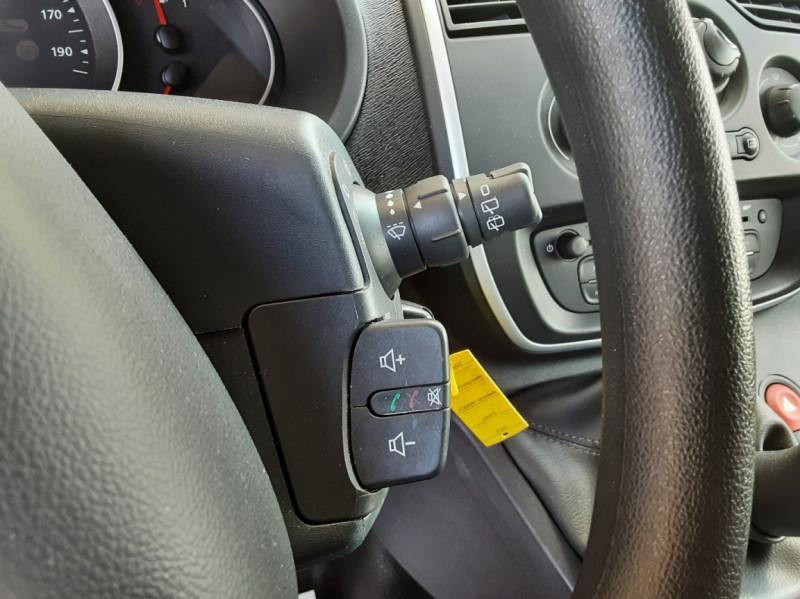 Photo 37 de l'offre de RENAULT KANGOO EXPRESS L1 1.5 DCI 75 ENERGY EXTRA R-LINK à 8990€ chez Centrale Auto Marché Mussidan
