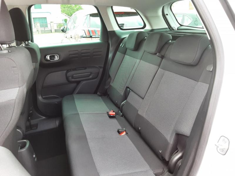 Photo 32 de l'offre de CITROEN C3 AIRCROSS BlueHDi 100 SetS BVM6 SHINE à 17490€ chez Centrale Auto Marché Mussidan