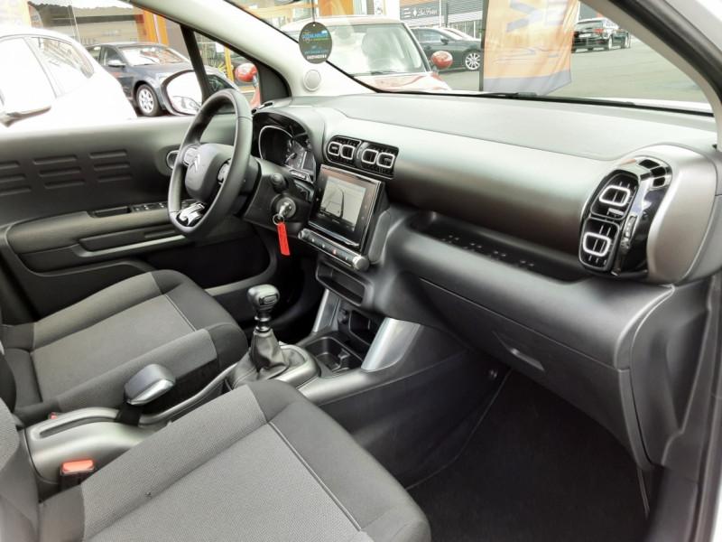 Photo 35 de l'offre de CITROEN C3 AIRCROSS BlueHDi 100 SetS BVM6 SHINE à 17490€ chez Centrale Auto Marché Mussidan