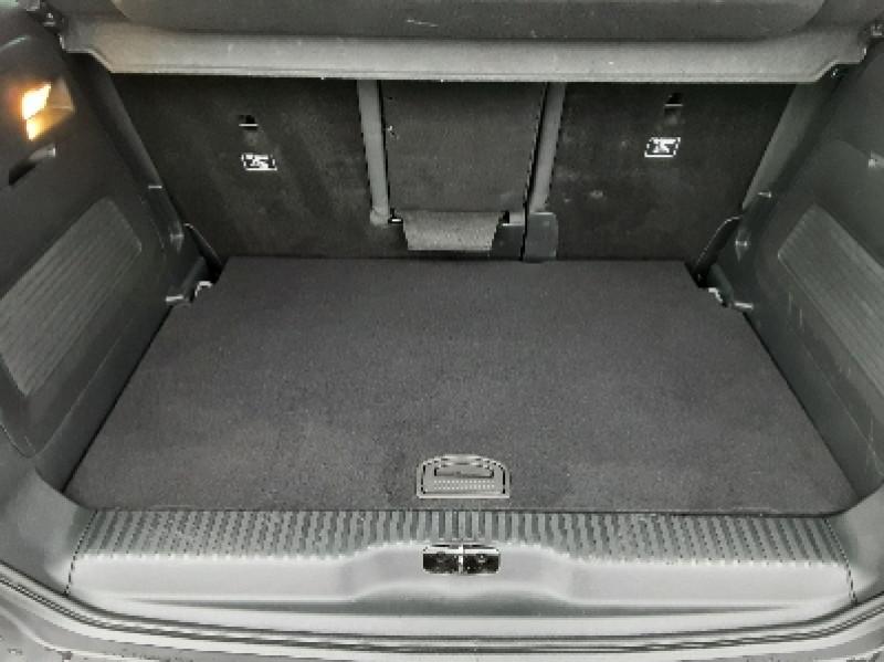 Photo 4 de l'offre de CITROEN C3 AIRCROSS BlueHDi 100 SetS BVM6 SHINE à 17490€ chez Centrale Auto Marché Mussidan