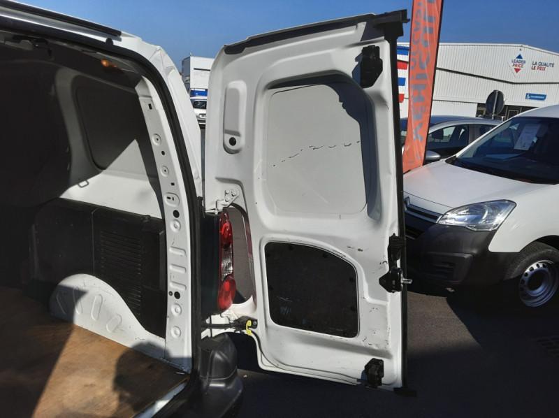 Photo 6 de l'offre de CITROEN BERLINGO M BLUEHDI 100 SetS BUSINESS à 10500€ chez Centrale Auto Marché Mussidan