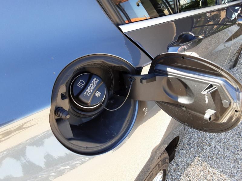 Photo 33 de l'offre de BMW SERIE 1 114d 95 ch Urban Chic à 18490€ chez Centrale Auto Marché Mussidan