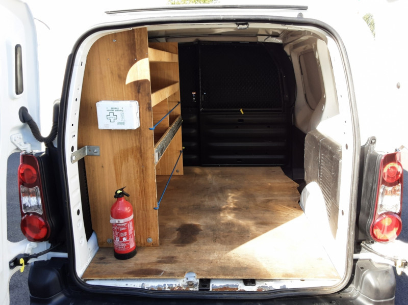 Photo 7 de l'offre de CITROEN BERLINGO M BLUEHDI 100 SetS BUSINESS à 10500€ chez Centrale Auto Marché Mussidan