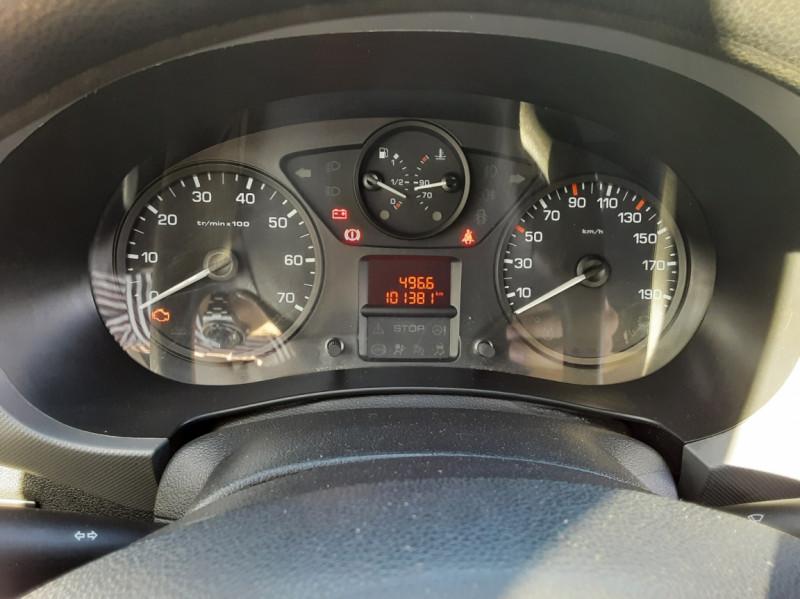 Photo 28 de l'offre de CITROEN BERLINGO M BLUEHDI 100 SetS BUSINESS à 10500€ chez Centrale Auto Marché Mussidan