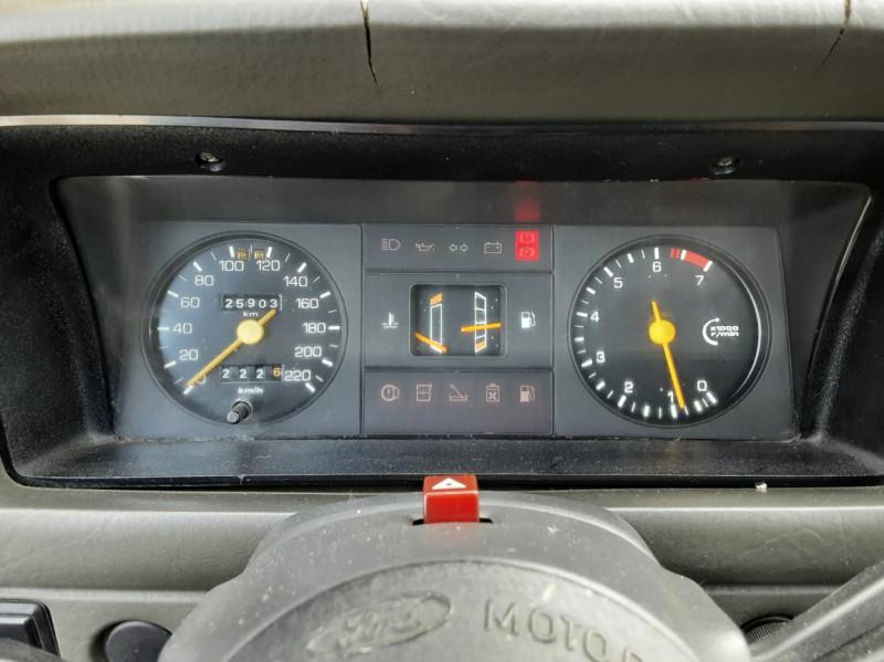 Photo 39 de l'offre de FORD ESCORT RS 1.6 i à 9900€ chez Centrale Auto Marché Mussidan
