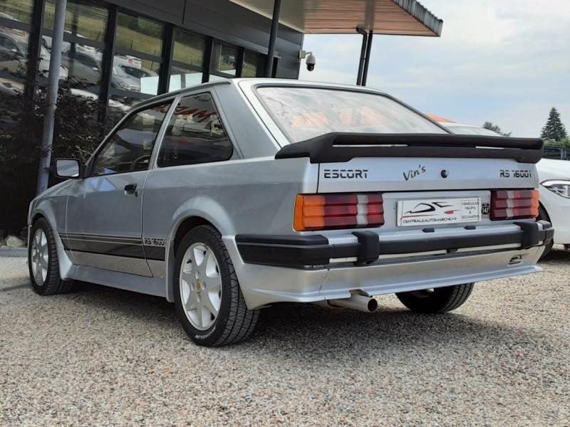 Photo 21 de l'offre de FORD ESCORT RS 1.6 i à 9900€ chez Centrale Auto Marché Mussidan