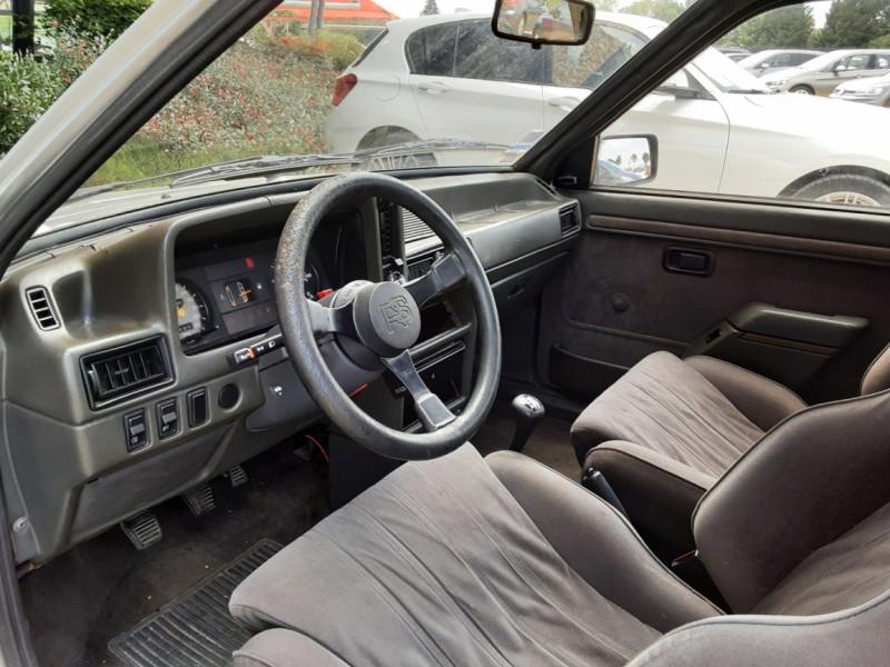 Photo 28 de l'offre de FORD ESCORT RS 1.6 i à 9900€ chez Centrale Auto Marché Mussidan