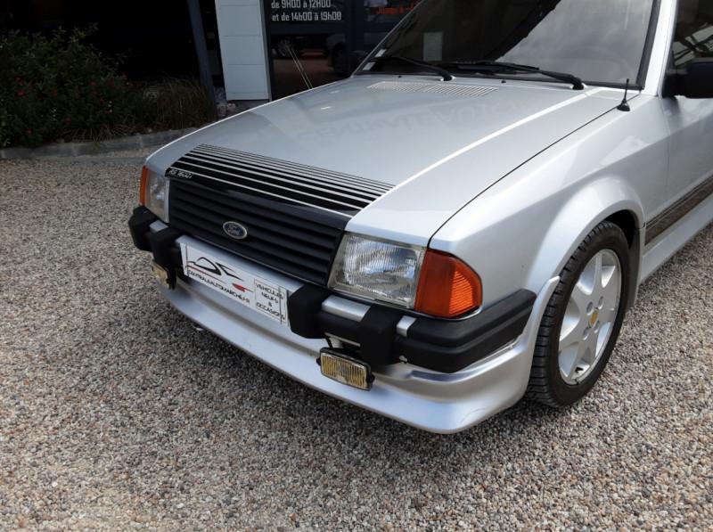 Photo 4 de l'offre de FORD ESCORT RS 1.6 i à 9900€ chez Centrale Auto Marché Mussidan