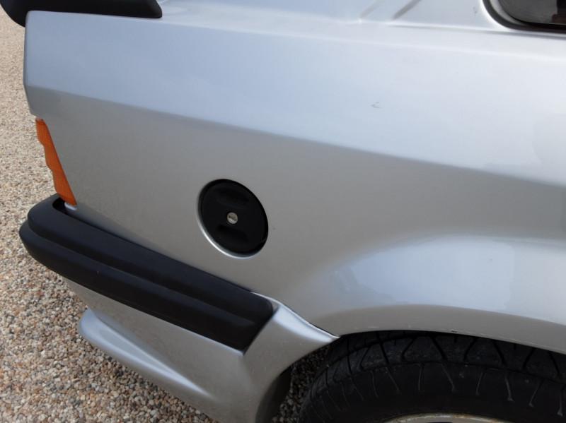 Photo 50 de l'offre de FORD ESCORT RS 1.6 i à 9900€ chez Centrale Auto Marché Mussidan