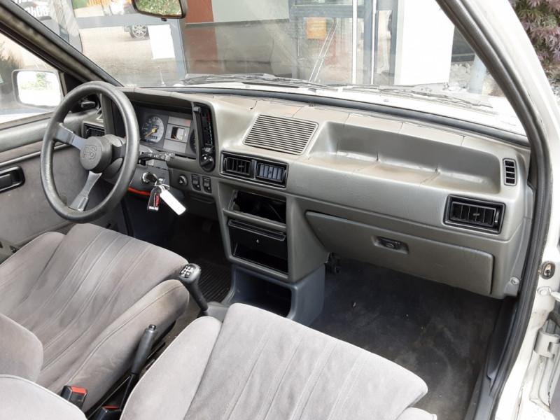 Photo 27 de l'offre de FORD ESCORT RS 1.6 i à 9900€ chez Centrale Auto Marché Mussidan