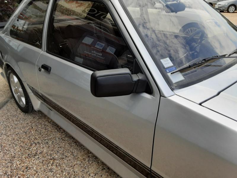 Photo 6 de l'offre de FORD ESCORT RS 1.6 i à 9900€ chez Centrale Auto Marché Mussidan