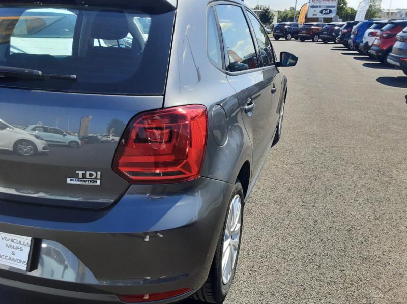 Photo 8 de l'offre de VOLKSWAGEN POLO 1.4 TDI 75 BMT Confortline à 10900€ chez Centrale Auto Marché Mussidan