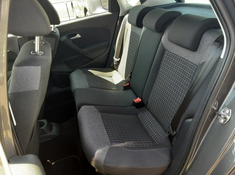 Photo 17 de l'offre de VOLKSWAGEN POLO 1.4 TDI 75 BMT Confortline à 10900€ chez Centrale Auto Marché Mussidan
