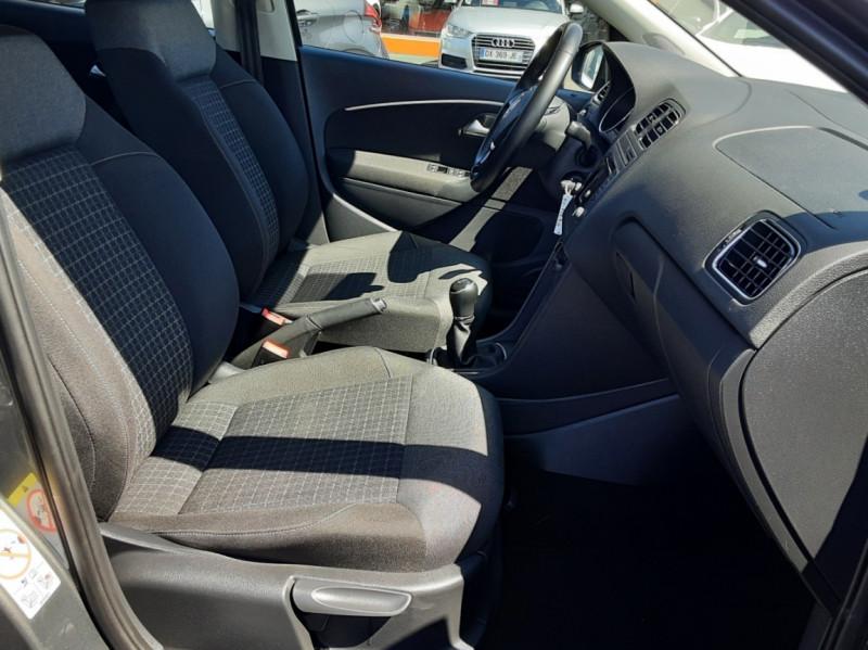 Photo 20 de l'offre de VOLKSWAGEN POLO 1.4 TDI 75 BMT Confortline à 10900€ chez Centrale Auto Marché Mussidan